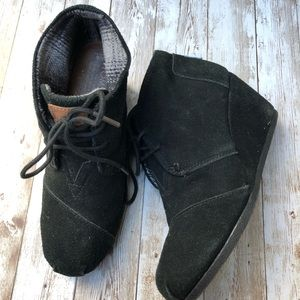 Toms Black Suede Lace Wedge Boots